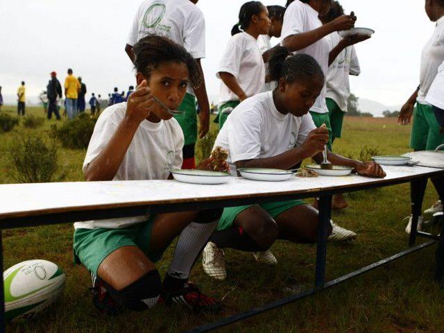 3 VOLETS - EDUCATION PAR SPORT- Photo défilante 2-1